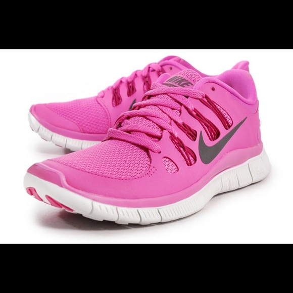 515457d3f2b32 Nike Shoes | Womens Pink Free Running Size 8 | Poshmark